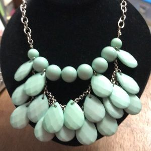 Jewelry - Vintage turquoise colored necklace. GUC